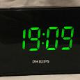 Отдается в дар Будильник с FM-радио Philips