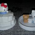 Отдается в дар Две крышки из Мака с Hello Kitty