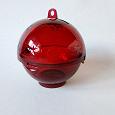 Отдается в дар Контейнер в форме ёлочного шарика для мелочей Tupperware