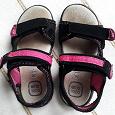 Отдается в дар Босоножки для девочки 28й размер и туфли 29й