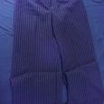 Отдается в дар Новые женские брюки 46 р-р
