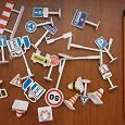 Отдается в дар Мини дорожные знаки пластик