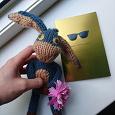 Отдается в дар мягкая игрушка ручной работы, новая открытка, мелки цветные