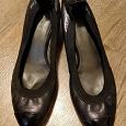 Отдается в дар Туфли на низком каблуке