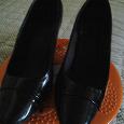 Отдается в дар Туфли черные лаковые 38 размера