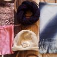 Отдается в дар Шапка, шарфы и шейные платки