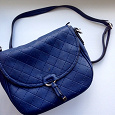 Отдается в дар Женская сумка синего цвета