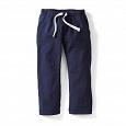 Отдается в дар Спортивные штаны и майка для мальчика на рост 122-128 см.