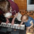 Отдается в дар Синтезатор старинный))))