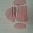 Отдается в дар Шапка, шарфик, варежки розового цвета на девочку, девушку