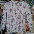 Отдается в дар Красивая трикотажная блузочка на девочку. Рост 135-140 см