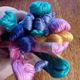 Отдается в дар Цветные нитки для вышивания