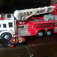 Отдается в дар пожарная машина 57 см на пульте