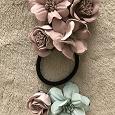 Отдается в дар Заколки и резинка с цветами