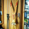 Отдается в дар Лыжи деревянные, лыжные палки