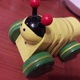 Отдается в дар Деревянная игрушка каталка Пчелка