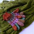 Отдается в дар Вязаные шарф и перчатки