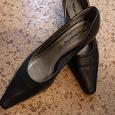 Отдается в дар Туфли черные. Тамарис