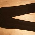Отдается в дар Женские черные брюки, 48 размер.