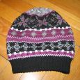Отдается в дар детская тёплая шапочка, вязаная на флисовой подкладке