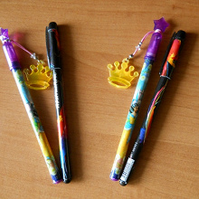 Отдается в дар Шариковые ручки, синего цвета.