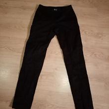 Отдается в дар Чёрные брюки для девочки