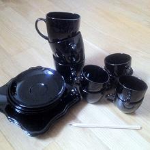 Отдается в дар Неполный чайный/кофейный сервиз