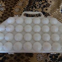 Отдается в дар Пластмассовая ячейка для яиц