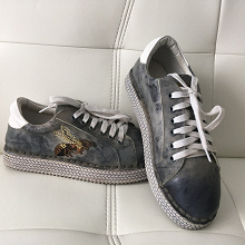 Отдается в дар Обувь кожа