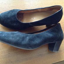 Отдается в дар Туфли размер 6 (Немецкий)