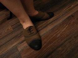 Отдается в дар «туфли ботинки кожаные»