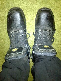 Отдается в дар «Ботинки мужские 47 размера»