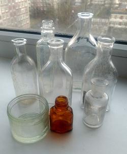 Отдается в дар «Старые финские бутылочки.»