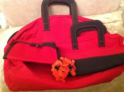 Отдается в дар «Комплект сумок»
