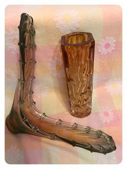 Отдается в дар «Стеклянные вазы»