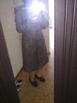 Отдается в дар «Пальто шерстяное с капюшоном (деми)»