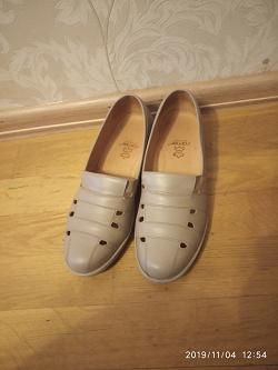 Отдается в дар «Туфли женские кожаные 39 размер»