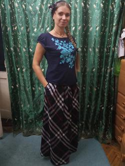Отдается в дар «Клетчатая длинная юбка»