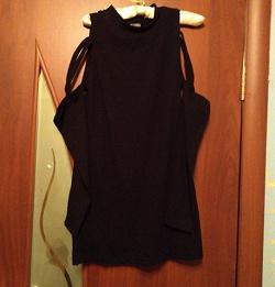 Отдается в дар «Платье с голыми плечами ,42-44 размер.»