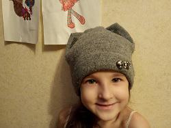 Отдается в дар «Женские шапки»