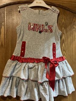 Отдается в дар «Детское платье, джинсовый сарафанчик и туника на 3-4 года»