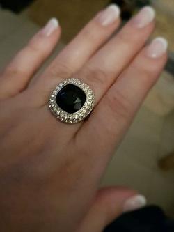 Отдается в дар «Два кольца Сваровски на размер 16,5 — 17»