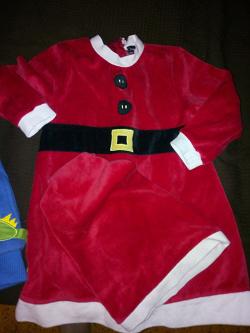 Отдается в дар «Новогодний костюм на 3-5 лет»