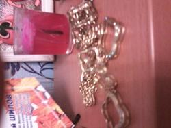 Отдается в дар «Комплект колье + серьги»