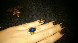 Отдается в дар «Кольцо серебрянное с позолотой с массивным камнем»