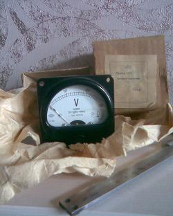 Отдается в дар «Вольтметр 150в»