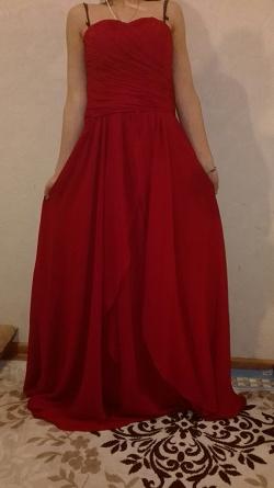 Отдается в дар «Платье красное вечерние длинное»