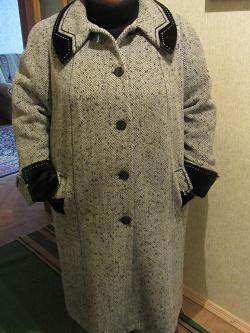 Отдается в дар «Пальто женское, тёплое, большого размера.»