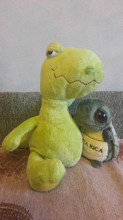 Отдается в дар «Мягкая игрушка: динозавр»