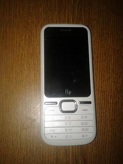 Отдается в дар «Телефон Fly DS125»
